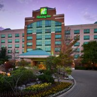 Holiday Inn & Suites @ Bronte-Oakville