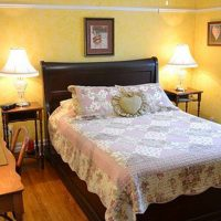 Heart of Burlington Bed and Breakfast