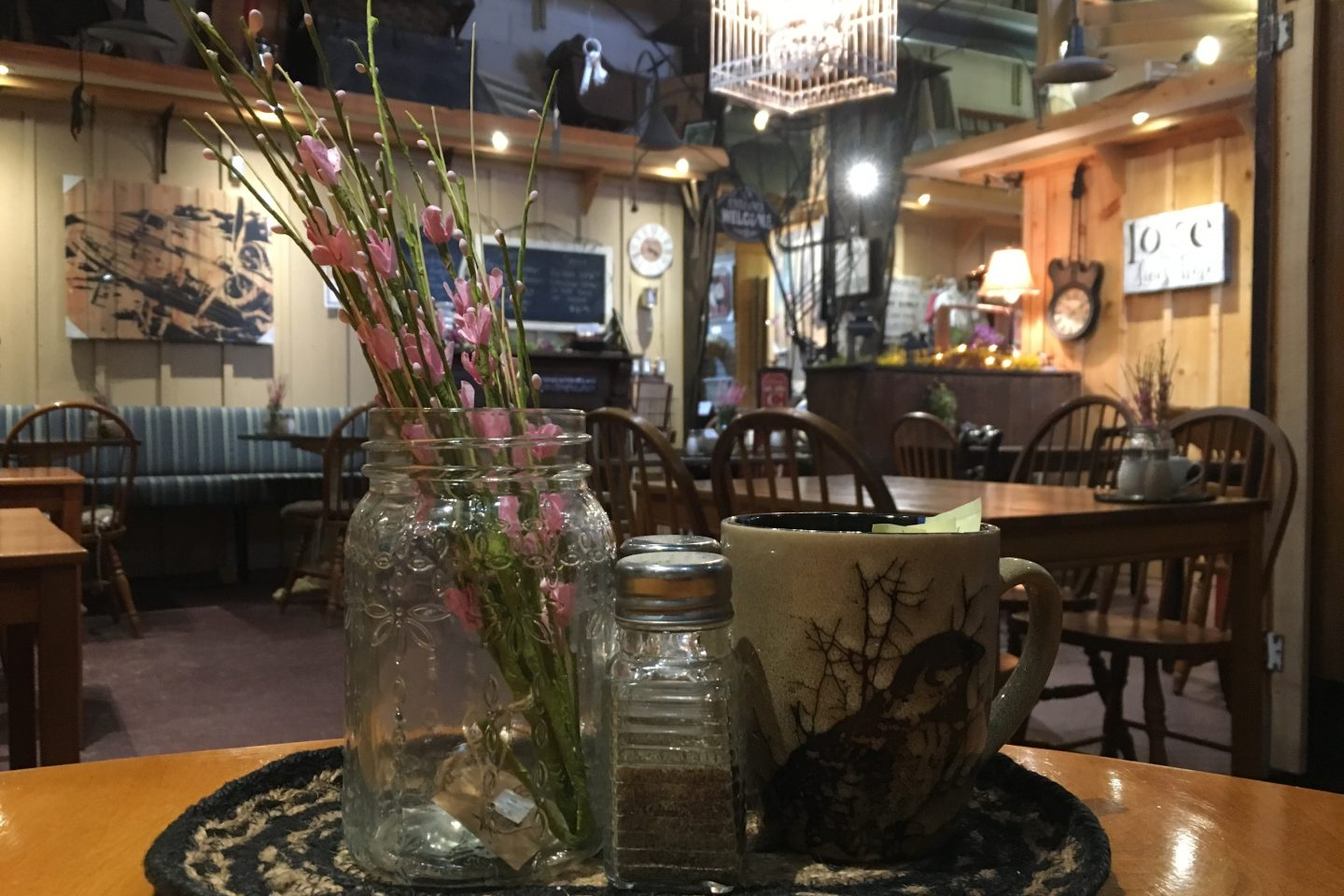 Serenity Country Candles Gift Shop and Cafe