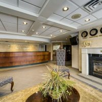 Monte Carlo Inn-Oakville Suites