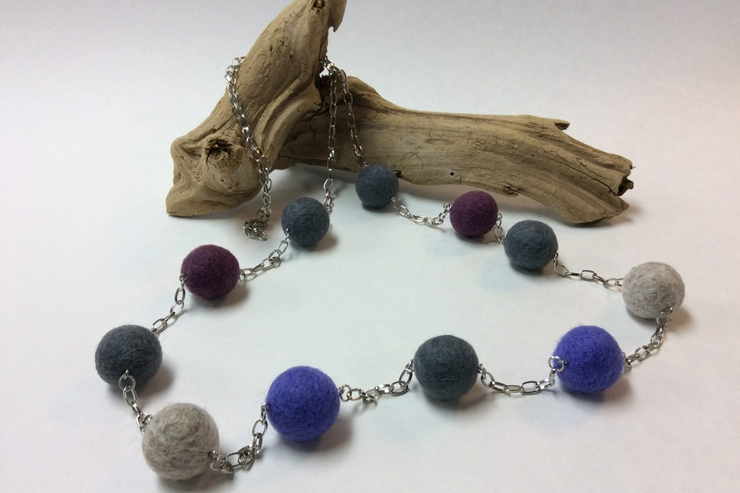 Felted Jewellery Workshop – NEW