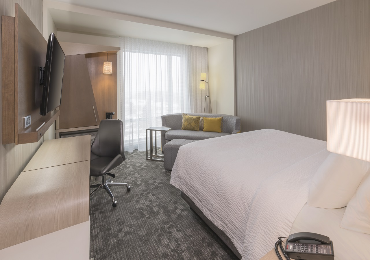 Save at The Courtyard Marriott Burlington during either 2020 World Cycling Cup and Para-Cycling Championships